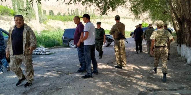 Киргизистон – Тожикистон чегарасидаги отишма окибатида уч нафар тожик харбийси халок булди – ОАВ