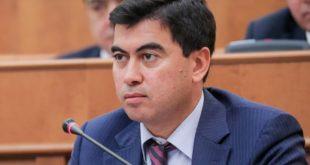 Davron-Hidoyatov-Daryo